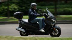 Suzuki Burgman 200: consuma poco e dà molto - Immagine: 8