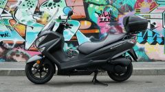 Suzuki Burgman 200: consuma poco e dà molto - Immagine: 12