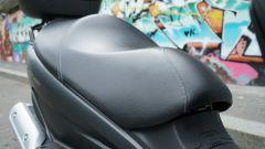 Suzuki Burgman 200: consuma poco e dà molto - Immagine: 18