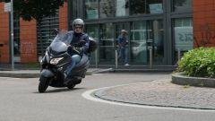 Suzuki Burgman 200: consuma poco e dà molto - Immagine: 24