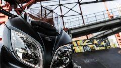 Suzuki Burgman 2017: dettaglio del doppio faro