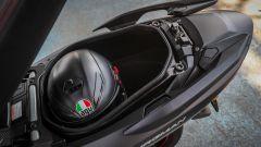 Suzuki Burgman 2017: il vano sottosella