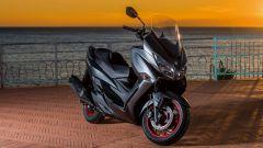 Suzuki Burgman 400: nuovo look per lo scooterone di Hammamatsu - Immagine: 12