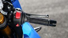 Suzuki GSX-R1000R 2018: comandi al semimanubrio destro