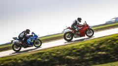Suzuki GSX-R1000R a confronto con Ducati Panigale V4s