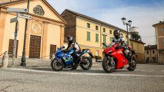 Suzuki GSX-R1000R e Ducati Panigale V4s a confronto nell'uso quotidiano