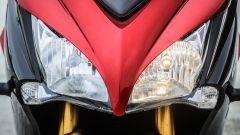 Suzuki GSX-S1000F: dettaglio dei gruppi ottici anteriori
