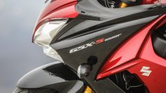 Suzuki GSX-S1000F: dettaglio del cupolino