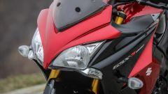 Suzuki GSX-S1000F: dettaglio del doppio faro