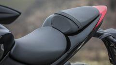 Suzuki GSX-S1000F: dettaglio della sella biposto