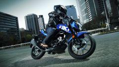 Suzuki GSX-S125 con livrea blu