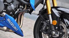 Suzuki GSX-S750, ben integrato il puntale