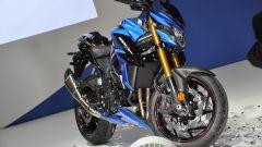 Suzuki GSX-S750, blu elettrico