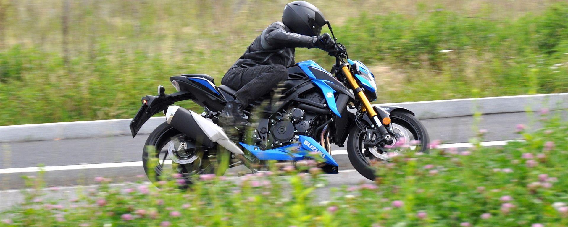Suzuki GSX-S750, la prova della naked sportiva
