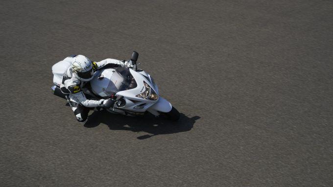 Immagine 24: Suzuki Hayabusa 2013
