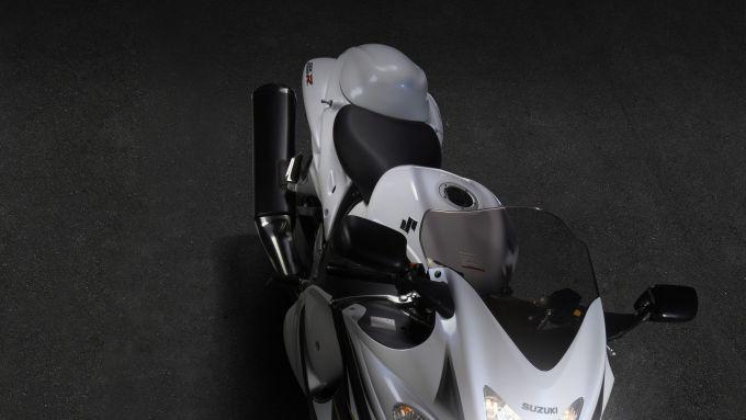 Immagine 6: Suzuki Hayabusa 2013