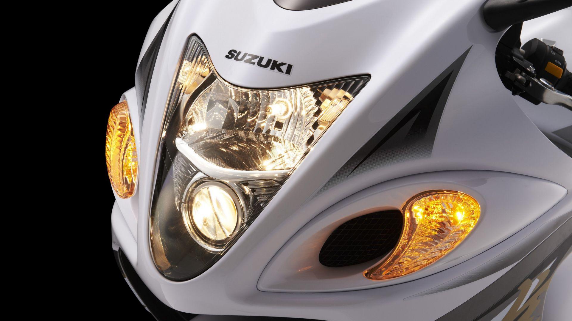 Immagine 5: Suzuki Hayabusa 2013