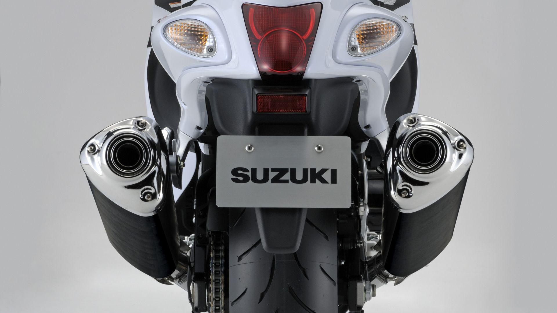 Immagine 12: Suzuki Hayabusa 2013