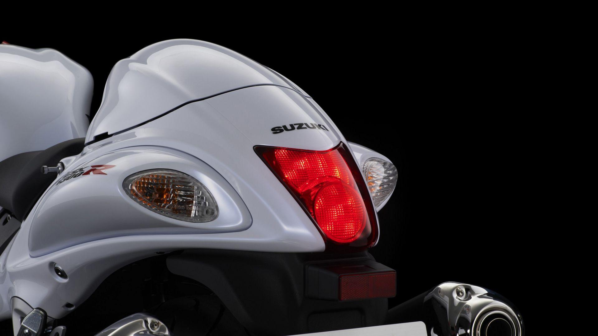 Immagine 16: Suzuki Hayabusa 2013