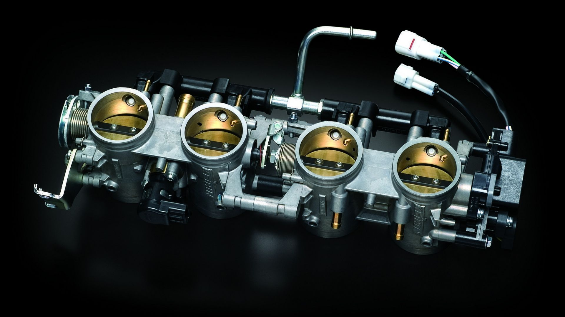 Immagine 14: Suzuki Hayabusa 2013