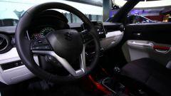 Suzuki Ignis 2017, il volante