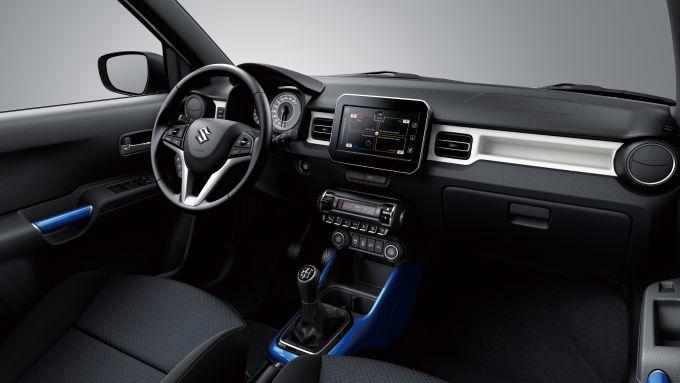 Suzuki Ignis Hybrid 2020, gli interni