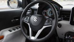 Suzuki Ignis, il posto guida
