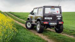 Suzuki Jimny 2019 Paris-Dakar: vista 3/4 posteriore
