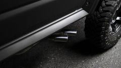 Suzuki Jimny Black Bison: gli scarichi laterali