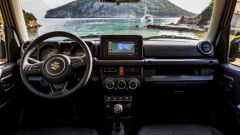 Suzuki Jimny: gli interni
