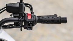 Suzuki Katana 2019: dettaglio del blocchetto destro