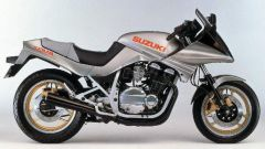 Suzuki Katana 7584: la versione originale del 1984 con faro a scomparsa