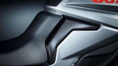 Suzuki Katana Jindachi: protezione adesiva carbon look