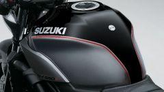 Suzuki SV650X a Eicma 2017, il serbatoio è di 14,5 litri