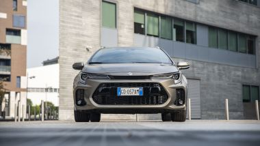 Suzuki Swace Hybrid, station wagon ''2.0''