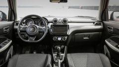 Suzuki Swift 1.0 Boosterjet S Hybrid: gli interni sono curati e assemblati con cura