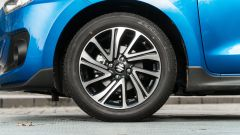 Suzuki Swift 1.2 Hybrid Top, dettaglio del cerchio