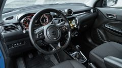 Suzuki Swift 1.2 Hybrid Top, il volante