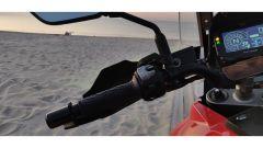 Suzuki V-Strom 1050 XT 2020: dal blocchetto sinistro si comanda anche il cruise control