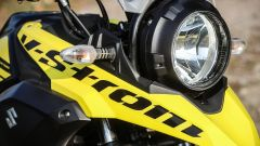 Suzuki V-Strom 250: dettaglio del faro