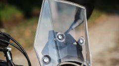 Suzuki V-Strom 250: il parabrezza