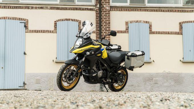 Suzuki V-Strom 650 2021 con kit Freedom