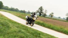Suzuki V-Strom 650 2021: il kit Freedom la trasforma in una perfetta moto da viaggio
