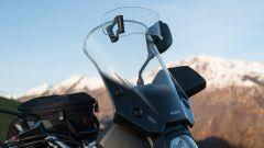 Suzuki V-Strom 650 XT 2019: il parabrezza Touring regolabile