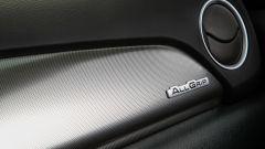 Suzuki Vitara Hybrid, dettaglio della plancia