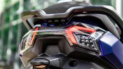 Sym Maxsym 400 2021: il faro a LED posteriore