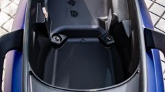 Sym Maxsym 400 2021: nel sottosella c'è posto per un casco integrale e un jet