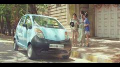 Tata Nano: il nuovo spot per l'India - Immagine: 7