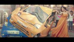 Tata Nano: il nuovo spot per l'India - Immagine: 10