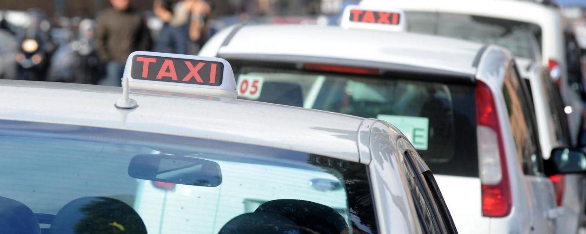 Taxi, arriva il bonus